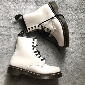 Dr. Martens | White Combat Boot